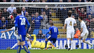 Marc Albrighton finishes things off with Leicester City's fourth goal