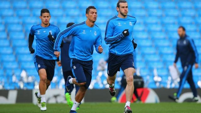 Cristiano Ronaldo trains ahead of Man City clash
