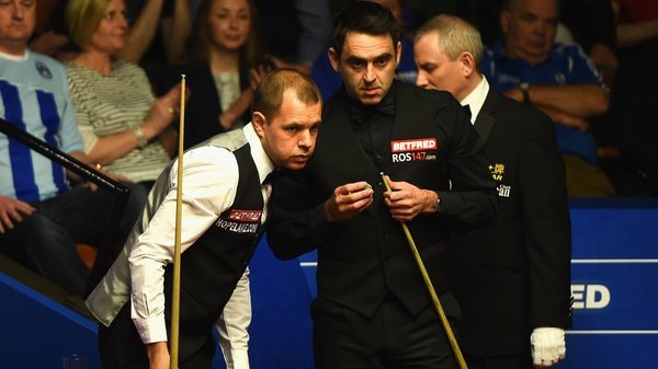 Barry Hawkins claimed a dramatic win over Ronnie O'Sullivan