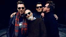 Travis: L-R - Dougie Payne. Fran Healy, Neil Primrose, Andy Dunlop