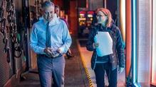 Jodie Foster directs the new thriller Money Monster