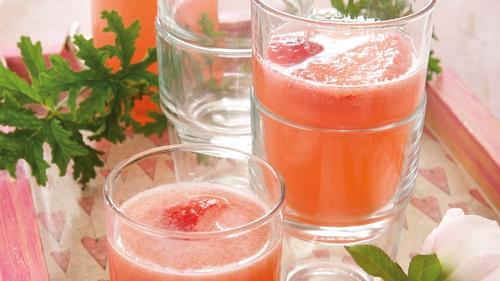 Pink Blush Refresher: Catherine Fulvio