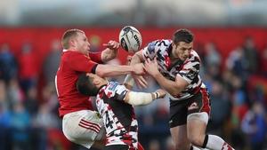 Keith Earls returns for Munster