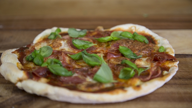 Quick Pan Pizza