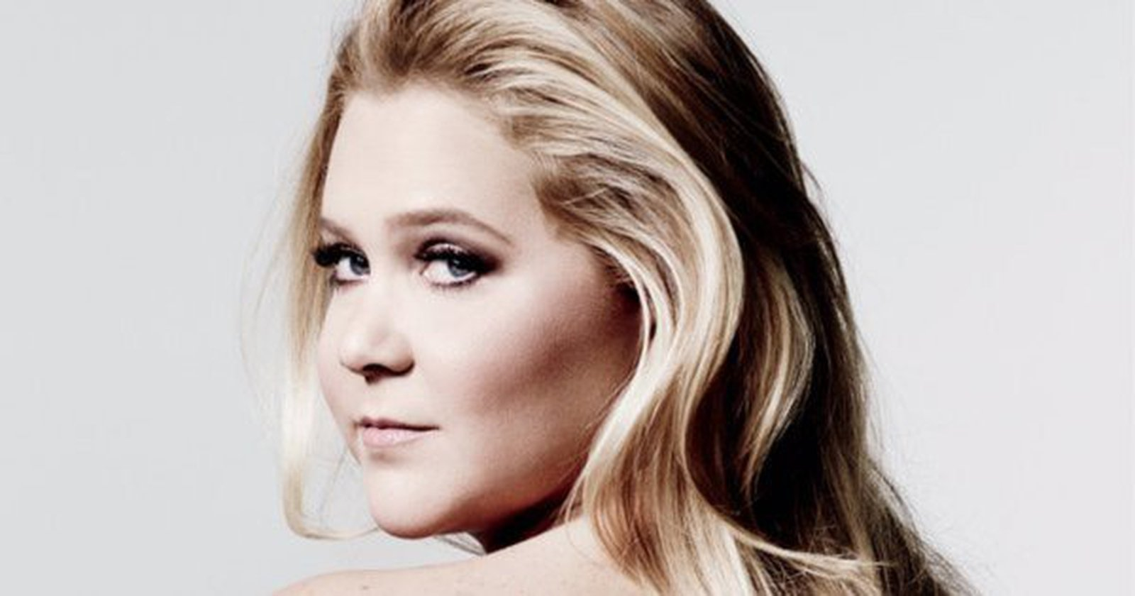 Amy Poehler Naked amy schumer has a naked spine on her new book
