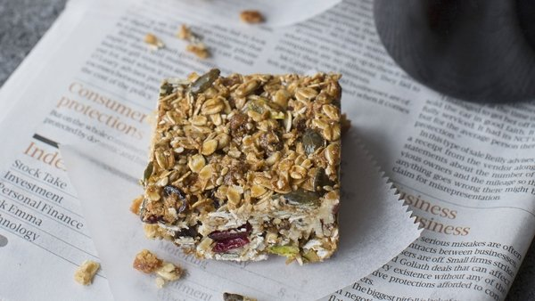 Healthy and gluten-free cereal bars