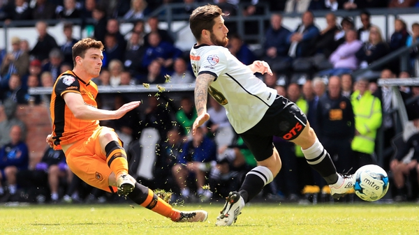 Hull City's Andrew Robertson scores his side's third goal