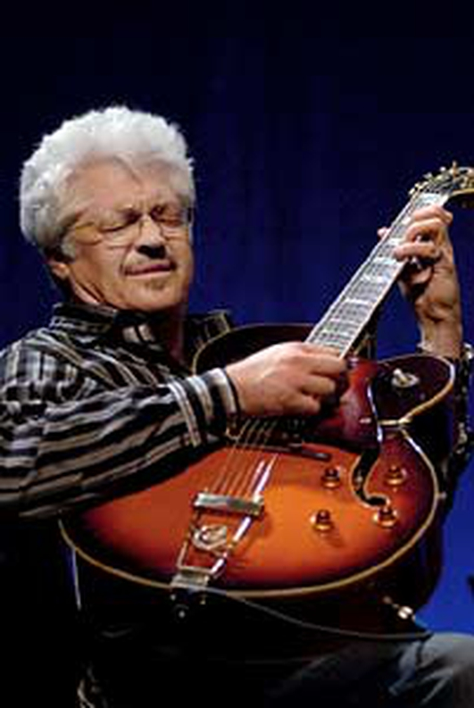 Larry Coryell in session