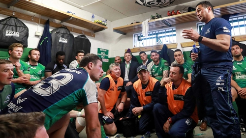 Lam addresses his players in the dressingroom following their win over Glasgow in the Pro12 semi-final