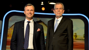 Norbert Hofer (L) lost the election to Alexander Van der Bellen (R) by less than 1% of the vote