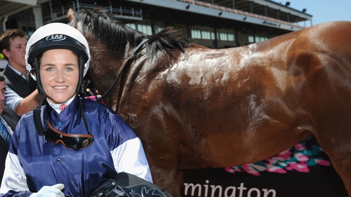 Michelle Payne : Melbourne Cup victor gets month ban for drug use
