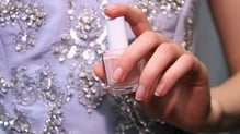 A nude nail look for Oscar de la Renta Fashion Show 2016