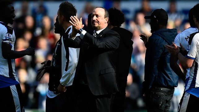 Benitez signs three-year deal with Newcastle