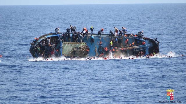 Hundreds rescued after boat flips in Mediterranean