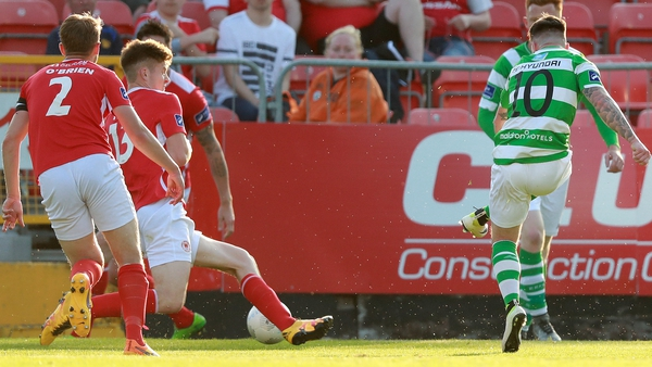 Brandon Miele scores for Shamrock Rovers