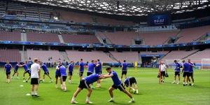 Northern Ireland players train at the Allianz Riviera stadium
