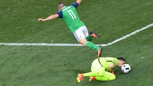 Conor Washington might have had the best chance of an equaliser but was denied by the onrushing Szczesny