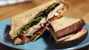 It's the weekend but you don't have to fall off the wagon - this Turkey Club Sandwich from Operation Transformation makes for a tasty but low-cal bite to eat.