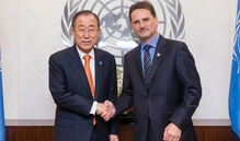 Commissioner General of UNRWA Pierre Krähenbühl (L) is pictured with Secretary-General of the United Nations, Ban Ki-moon (Pic: UN)
