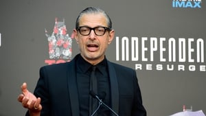 "Jeff Goldblum: ""The wonderful Liam Hemsworth is spectacular"""