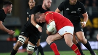 Injured Wales duo Davies and Jenkins leave tour