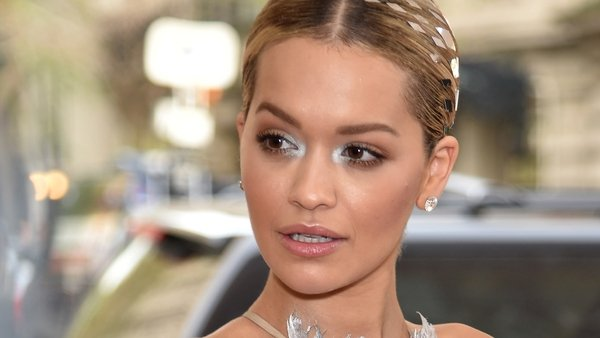 Rita Ora threatened to kill a house thief during a 999 call