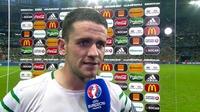 Euro 2016 Extras: Robbie Brady Interview v Italy