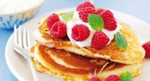 Berrylicious pancakes for a toasty Sunday