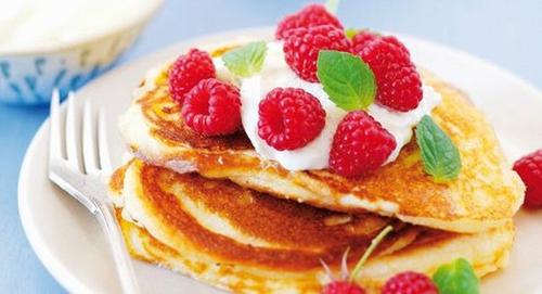 Irish Berry Pancakes with Natural Yogurt