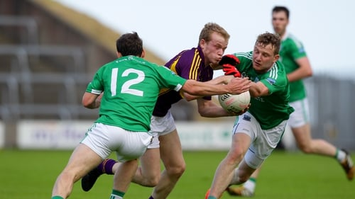 Wexford goalscorer Simon Donohoe is tackled
