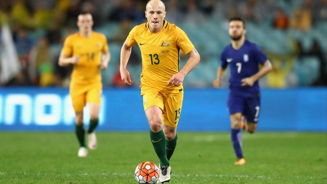 Aaron Mooy moving to Manchester City