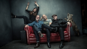 Pixies: couch surfing guitar gods