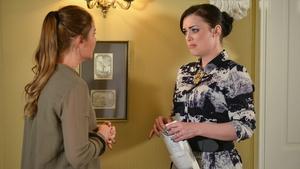 Whitney confides in Lauren