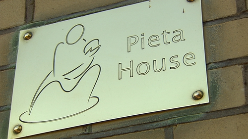 The chief executive of Pieta House has urged clients of Console to continue to access services