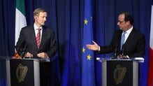 Enda Kenny and Francois Hollande issued a joint statement calling for Brexit negotiations to begin