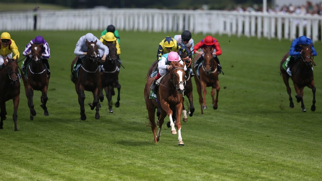 Eva proves fairest of them all at Ascot