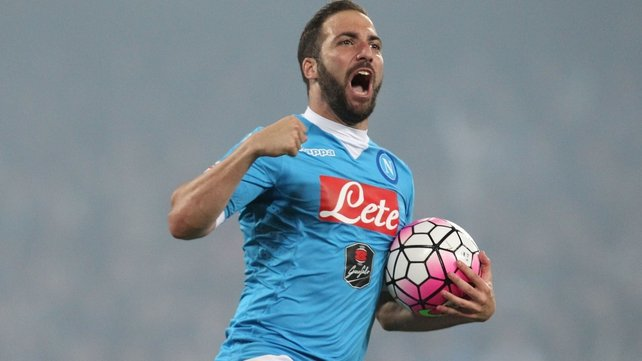 Transfer news: Higuain signs for Juventus