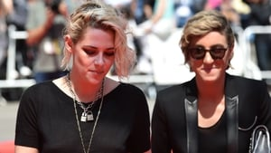 "Kristen Stewart is ""really in love"" with girlfriend Alicia Cargile"