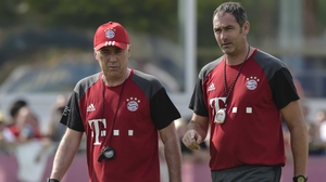 Carlo Ancelotti (L) with his Bayern Munich assistant Paul Clement
