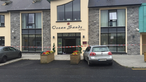 The fire broke out in the kitchen of the Ocean Sands Hotel in Enniscrone at around 3.15am (Pics: Eimear Hannon)
