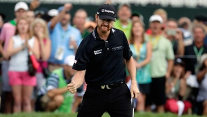 Walker celebrates another key putt in his final round