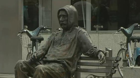 Homeless Statues in Dublin (2011)