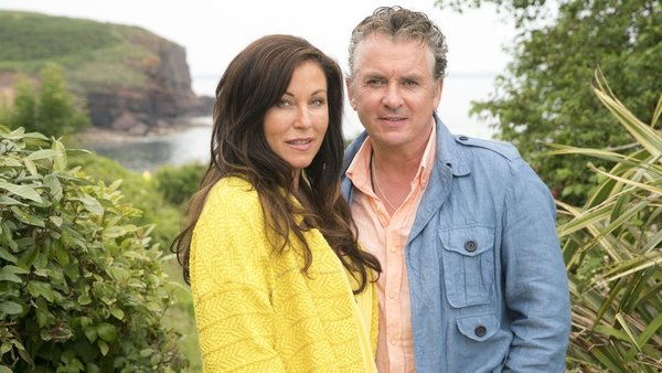 Jessie Wallace and Shane Richie star in Redwater