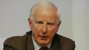 Pat Hickey has temporarily stepped aside as president of the OCI during the investigation