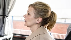 Will Leanne leave Weatherfield?