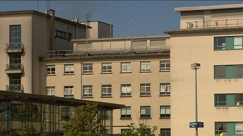 Pedestrian dies after being struck by vehicle in Galway