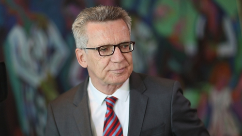 Thomas de Maiziere said a similar system was already being tested for unattended luggage, which the camera reports after a certain number of minutes