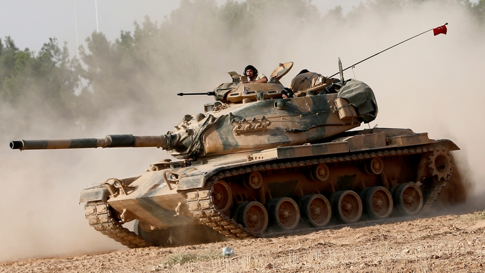 Turkey targets IS position in Syrian border town