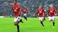 Mourinho careful when to play Hull hero Rashford