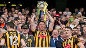 Fennelly lifts the Liam MacCarthy Cup after Kilkenny's 2009 All-Ireland win